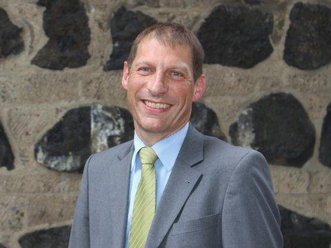 Dr. Ron Brinitzer